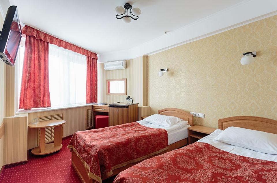 tourist-hotel-standard-twin-room-5